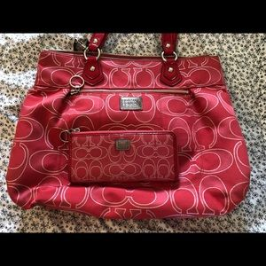 Coach Poppy Signature Lurex Glam Bag & Wallet SET